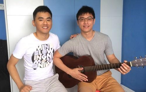 1 to 1 guitar lessons Singapore Joshua