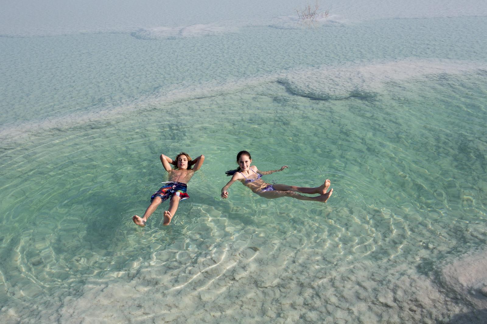 Dead Sea float _DS_12IGD1563_Itamar Grinberg_IMOT