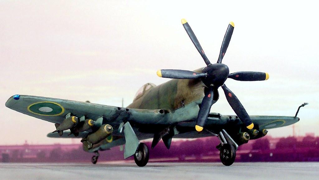 1:72 Hawker-PAC Sea Fury FB 71