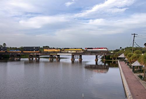 railroad train railfan emd fec melbournefl sd70m2 floridaeastcoast canecreektrestle