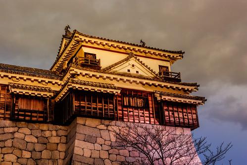 matsuyamacastle iyo 松山市 matsuyamashi matsuyama ehime japan hill castle evening sunset city photoshop elements topaz dxo labs traveling outdoor night sky yellow nikon 1 v3 nikkor vr raw nef nikon1 1nikkorvr10100mmf456 nikon1v3