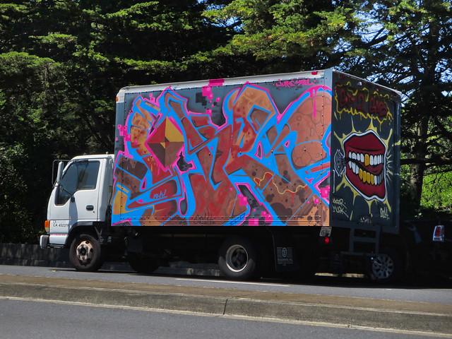 graffiti truck on Lincoln (2014)
