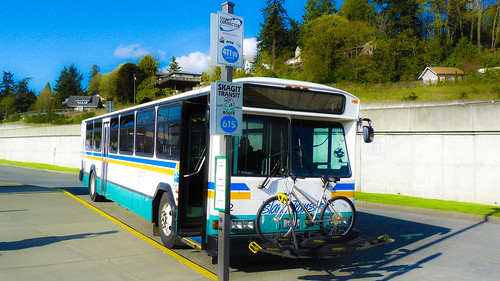 Island Transit 411W @ Rest at Mt. Vernon Transfer Station