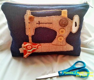 Sewing machine applique pouch