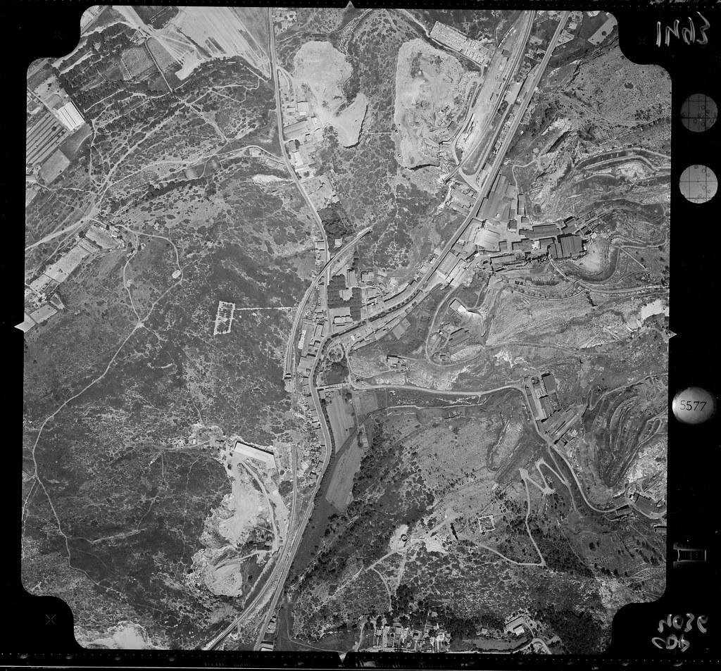 Bunkers sur Septèmes les vallons (13) 32700470533_c2e114cc32_b