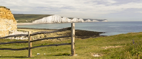 sea england cliff beach field grass fence landscape hope sussex coast chalk nationalpark sevensisters southdowns