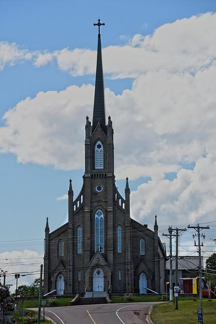 Église St. Joseph a Memramcook   -----------------------------  St. Joseph church  in Memramcook