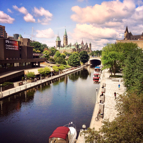 rideaucanal unesco worldheritage site ottawa iphone5 iphonephotography mytown canal parliament cloudy sunny square parliamenthill explore explored