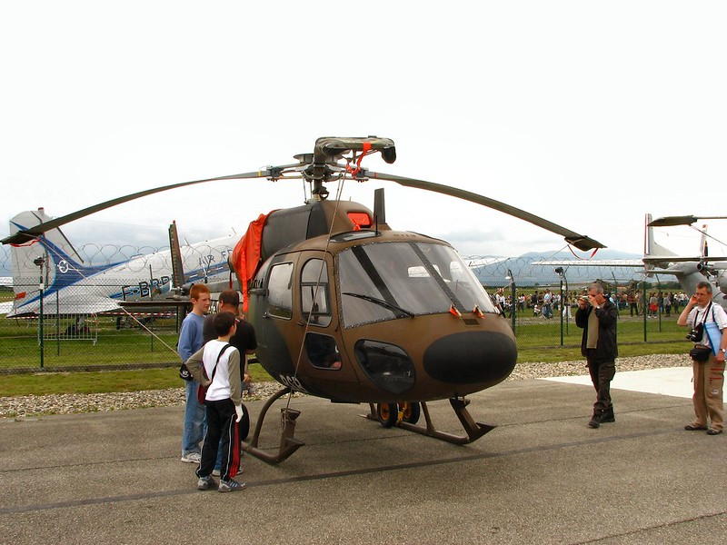 Aerospatiale AS555UN 1