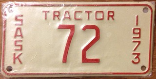 SASKATCHEWAN 1973--- TRACTOR LICENSE PLATE