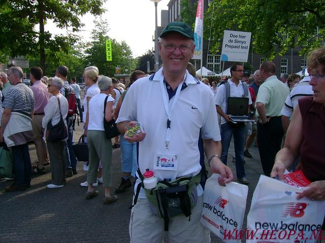 2007-07-16 Startbewijs op halen en vlaggen parade. (5)