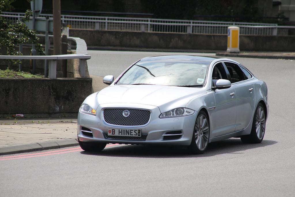 XJ Premium Luxury V6 D | 2011 Jaguar XJ Premium Luxury V6 ...