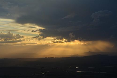 sunset sunsetclouds sunsetlandscape albertvalley loganvalley sequeensland queensland australia australianlandscape tamborinemountain storms mounttamborine