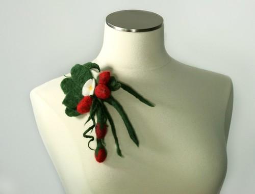 Strawberry Brooch Wool Felt Handmade Needle and Wet Felting   by Virtualdistortion
