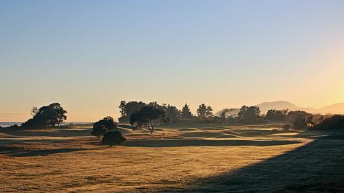morning newzealand sky sunlight mist green grass sunshine misty landscape landscapes frost bright outdoor atmosphere nelson sharp crisp serenity golfcourse southisland serene fairway atmospheric nationalgeographic ilobsterit