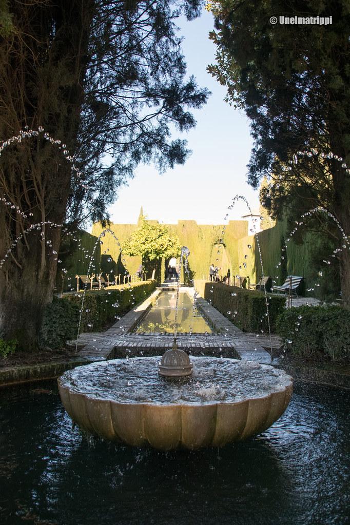 Suihkulähde Alhambran Generalifessa