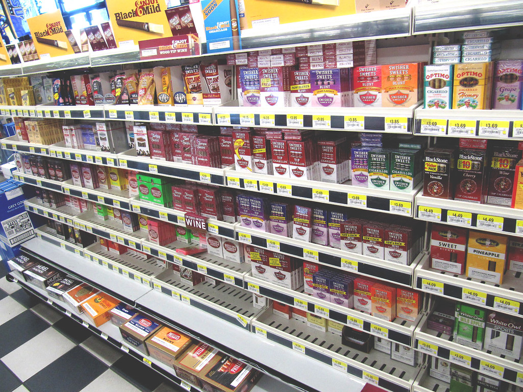Awesome Swisher Display | So many Swisher Sweets! #swishersw