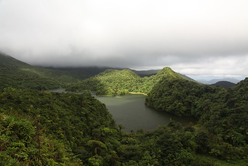 mountain lake green nationalpark caribbean dominica freshwaterlake tropicalforest mornetroispitonsnationalpark