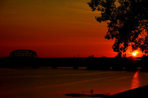 bridge sunset water river waterfront indiana southernindiana riverfront clarksville fastshutterspeed