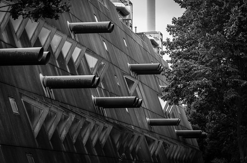 Benjamin Franklin Campus, Berlin. Research Institutes for Experimental Medicine - Gerd Hänska (1981)