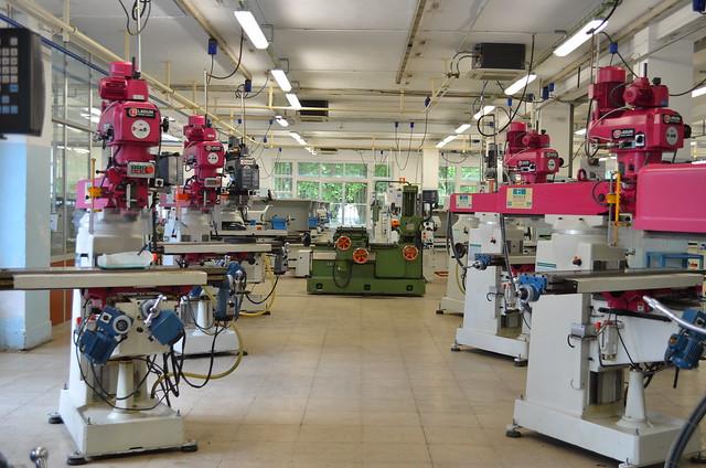 Equipamiento de la familia de fabricación mecánica