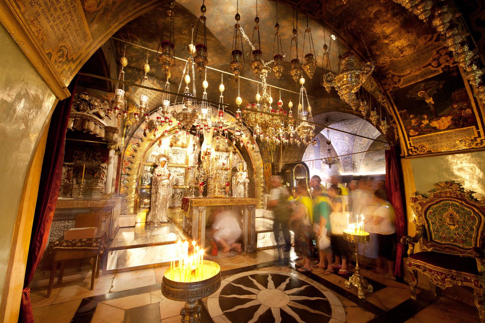 Jerusalem_Via Dolorosa_Station 12_The Holy Sepulcher_Noam Chen_IMOT