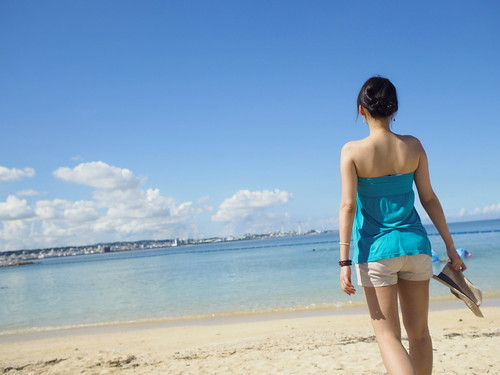 blue vacation sky cloud beach girl beauty japan olympus sunsetbeach okinawa 沖繩 americanvillage imnothere0