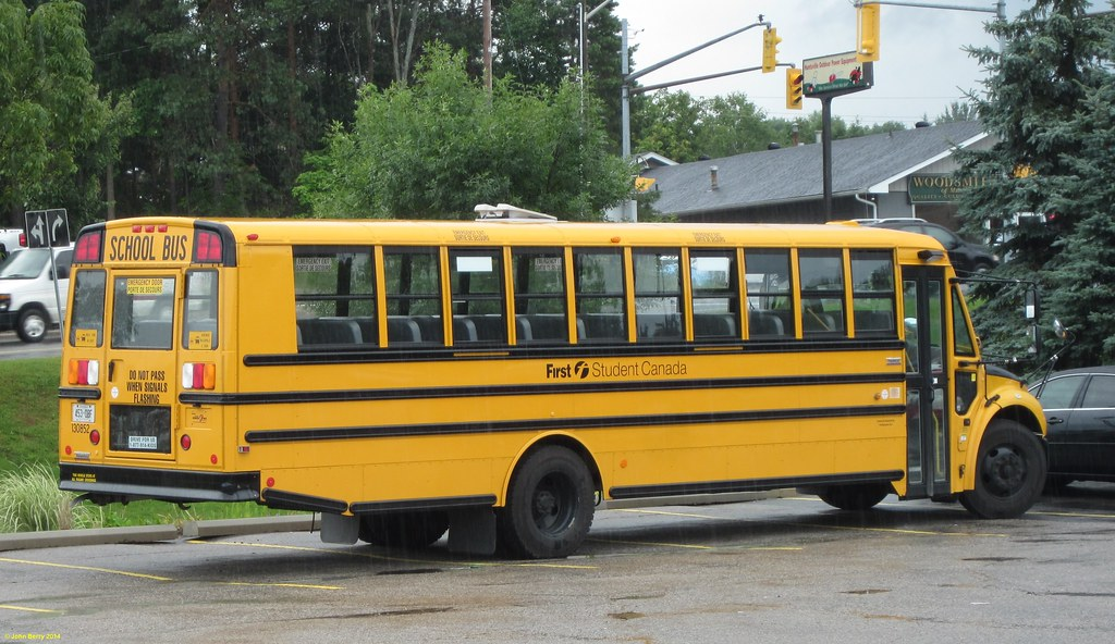 First Student Canada Thomas Saf-T-Liner School bus FN 1308…   Flickr