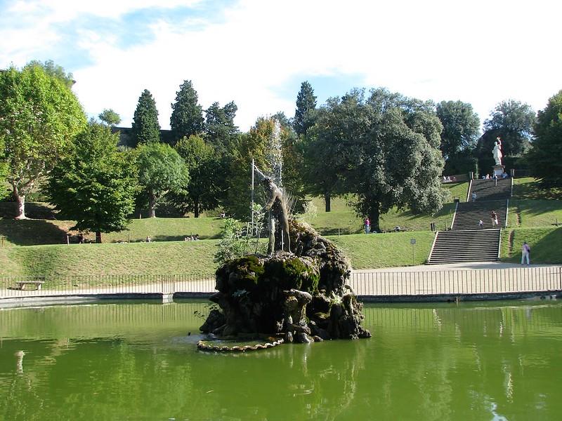 boboli-gardens-florence-italy-cr-maria-landers