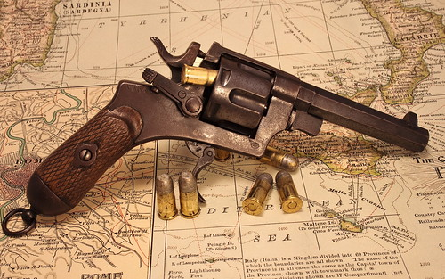 Archive___Miscellaneous_Old_revolver_087851_