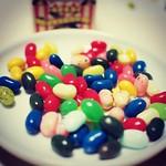 Bertie Bott's Every Flavour Beans 百味ビーンズ。⚫️⚪️ 石鹸味。土味試食。まずい。 耳あか味断念。。