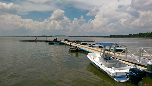 oneography htc florida lakedora mountdora lake clouds waterfront boating water dock boat