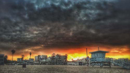 sky beach clouds sunrise losangeles southerncalifornia hdr mordor thingsthatamuseme mobilephotography venicebeachpier iphone5s