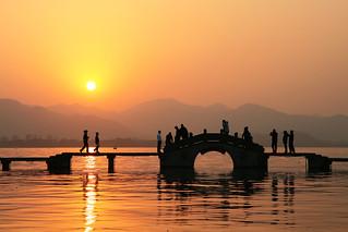 西湖日落 | Sunset at West Lake by TommyYeung