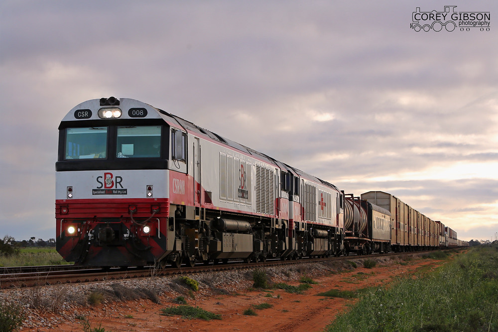CSR008 & CSR002 haul the 5PM9 through Coonamia by Corey Gibson