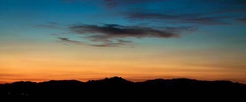 morning sunset red sky en orange sun black mañana set clouds contrast photoshop sunrise de landscape atardecer evening la al exposure escape y edited negro paisaje amanecer cielo nubes land ambient rise scape edition logroño naranja rioja negras beautifull exposicion polvo sucio degradado