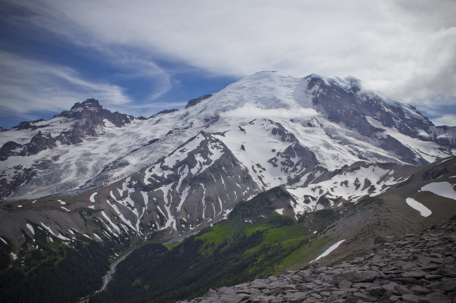 burroughs mountain loop trail day hikes in mt rainier national park washington