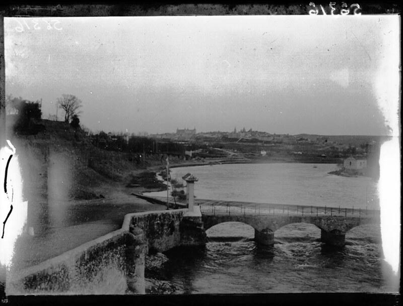 Río Chico en Buenavista a comienzos del siglo XX. Fotografía de J. Lacoste © MECD, Fototeca del IPCE, signatura VN-11371_P