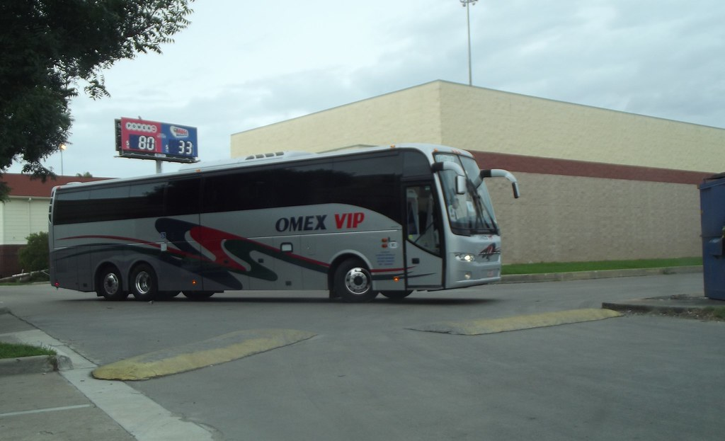 Volvo 9700 OMEX VIP | In Houston, TExas OMEX VIP offers exec… | Flickr