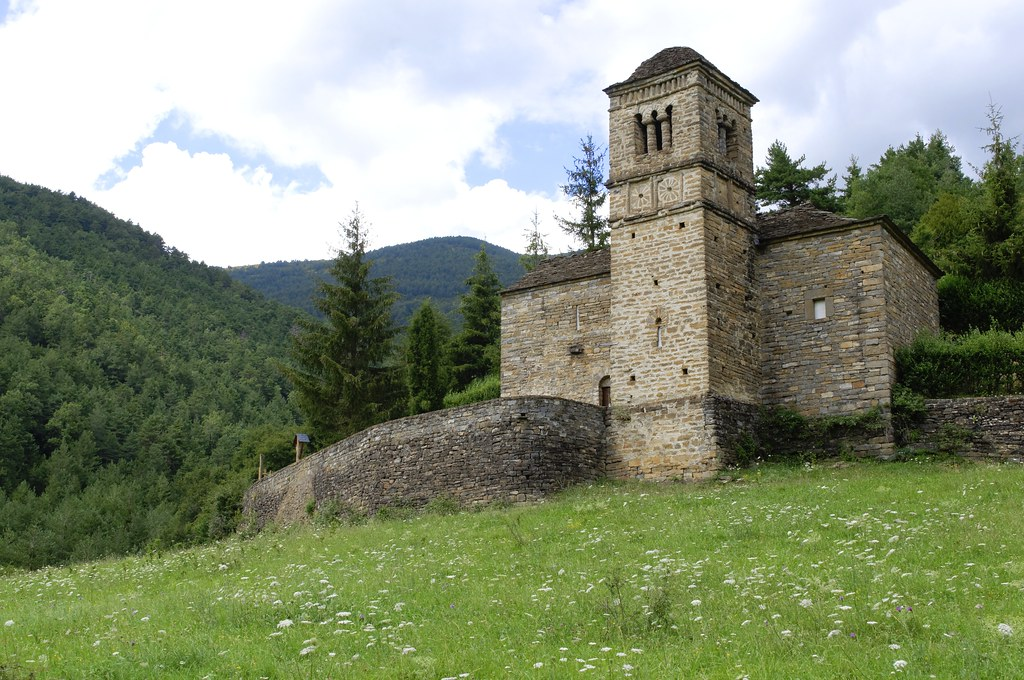 Ermita de San Bartolomé. Gavín (Huesca) | www.romanicoaragon… | Flickr