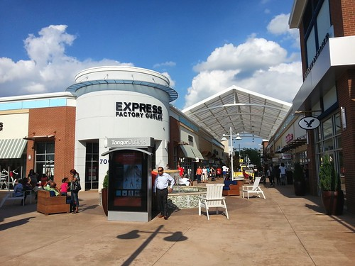 Tanger Outlets National Harbor | by ryantmcknight