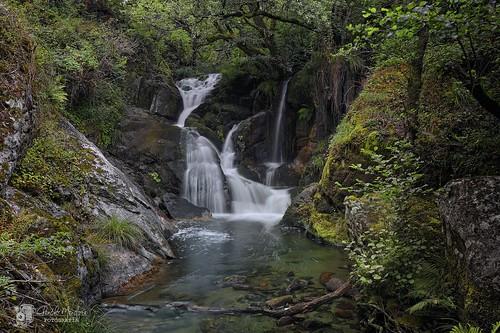 rio o galicia cascada aestrada fervenza liñares callobre