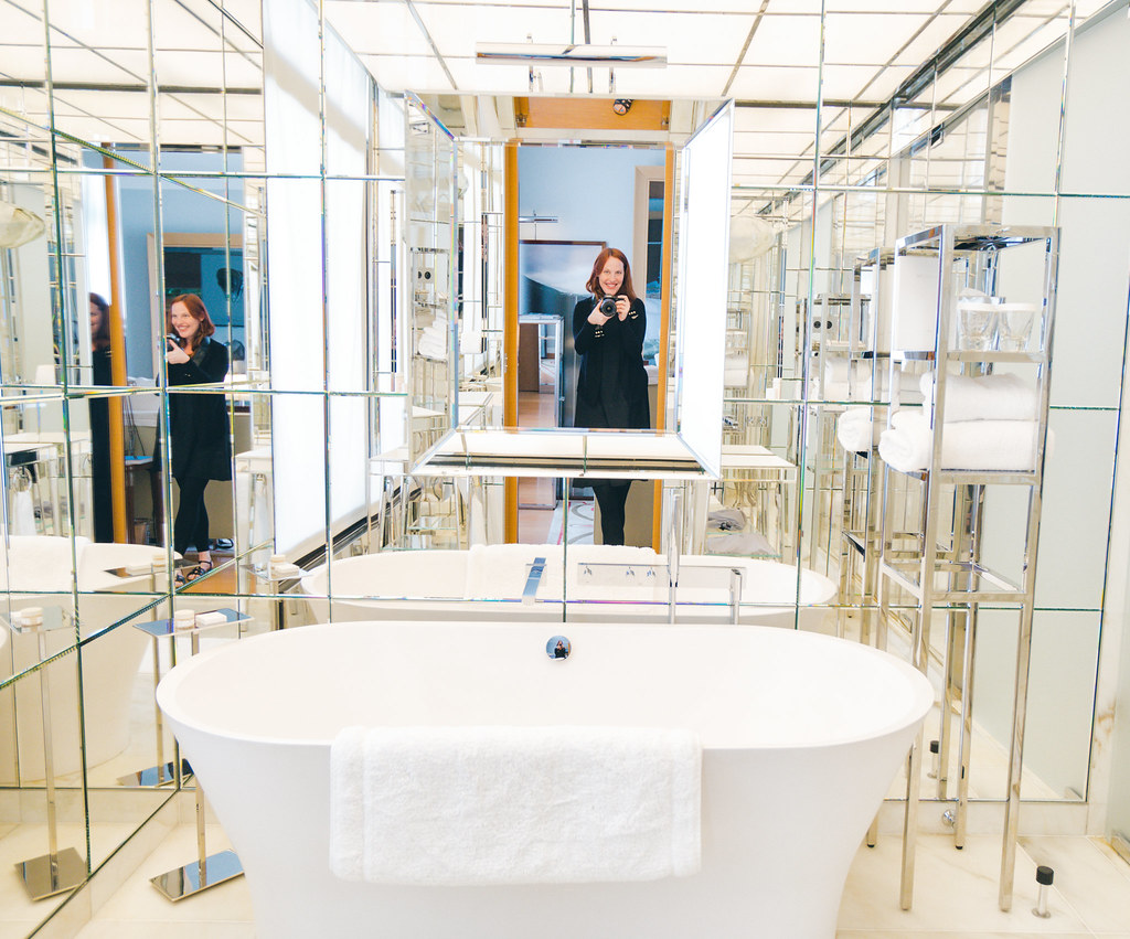Paris Royal Monceau Philippe Starck Bathroom A Couple