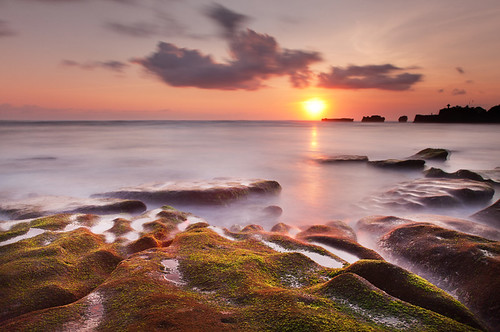 longexposure sunset sea bali sun mist water island coast rocks dusk relaxing calming algae colourful seashore idyllic tranquil goldenhour photographiceffects bw10stopndfilter canoneos5dmark2 canon24105mmf4lislens