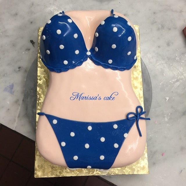 Fantastic Bikini Body Birthday Cake Fondantcake Fondantart Fo Flickr Funny Birthday Cards Online Kookostrdamsfinfo