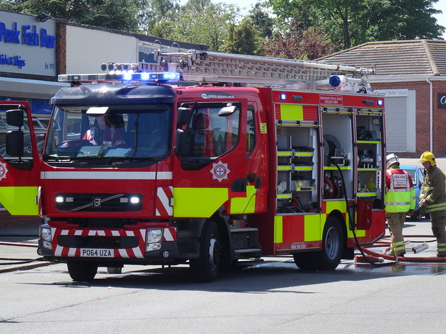 North wales fire and rescue volvo FFL220/Emergencyone pumping appliance PO64 UZA