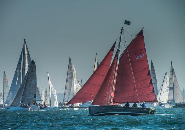 Round the Island Race 2015 - Dragon 1054.jpg
