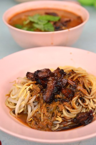 Curry Noodles from Foo Kwai | by J2Kfm