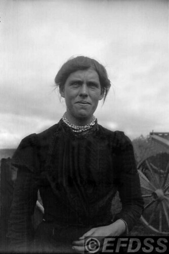 A20b HOLLAND, Betsy (1880-1960)