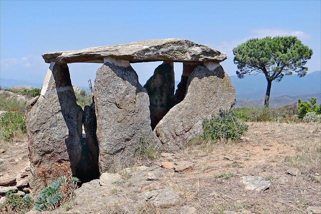 Dolmen de les Vinyes Mortes I (Catalogne, Espagne)